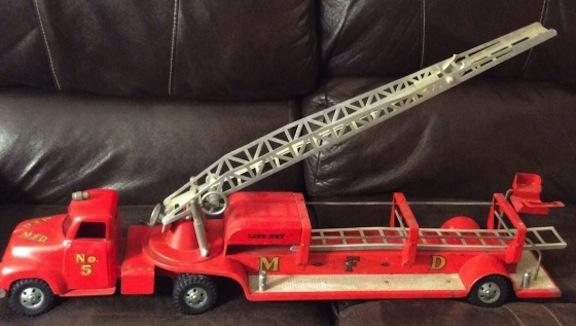 Vintage-MFD-Tonka-Fire-Truck-No-5_Snapseed-560x317